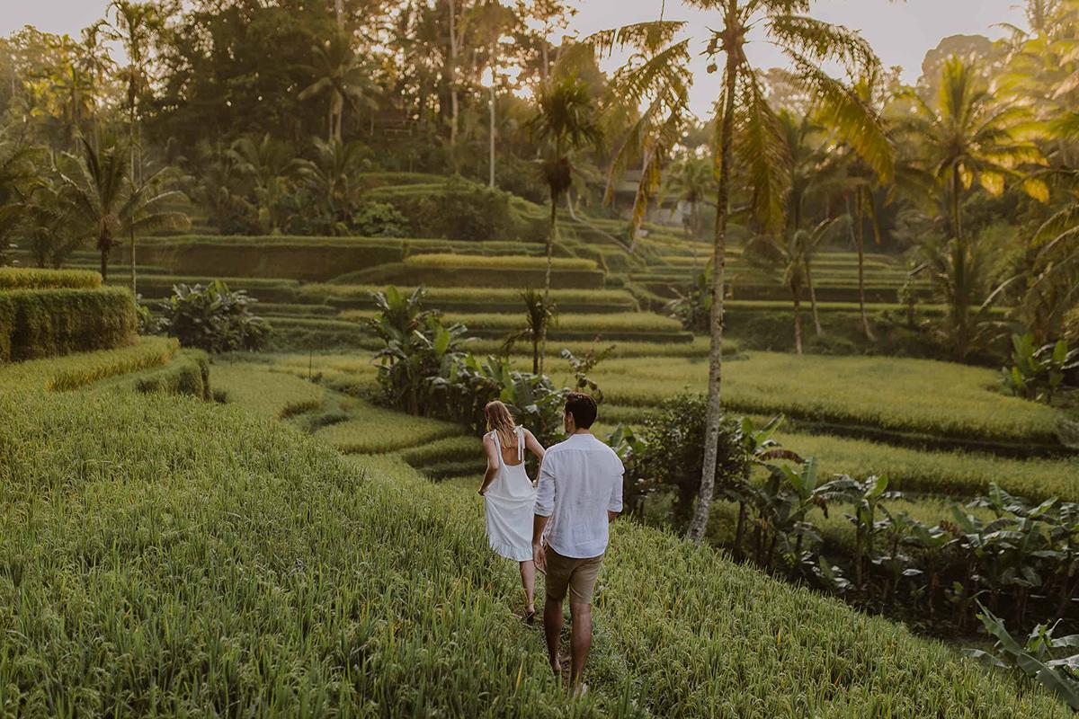 Romantic couple strolling in Bali